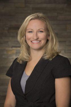 Dr.-Lindsay-Holman